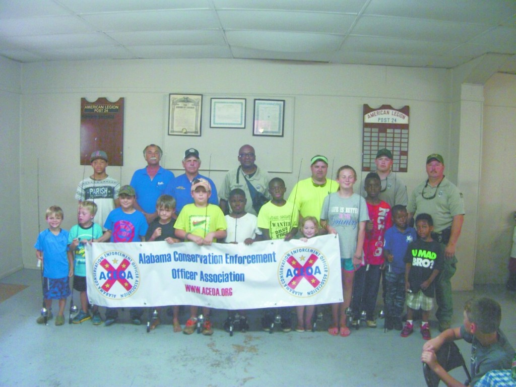 Fishing Day participants with organizers.