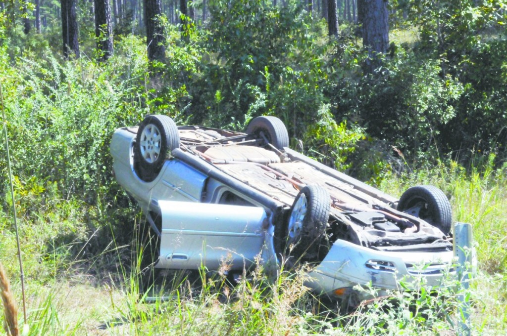 One person was injured in this one-vehicle wreck last Monday. (Cecil Folds/The Standard)