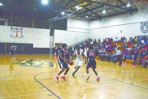 Tyrone Ingram drives for a layup against Hillcrest. (Standard files)